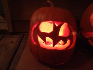 Happy Halloween! Let's Carve Pumpkins!