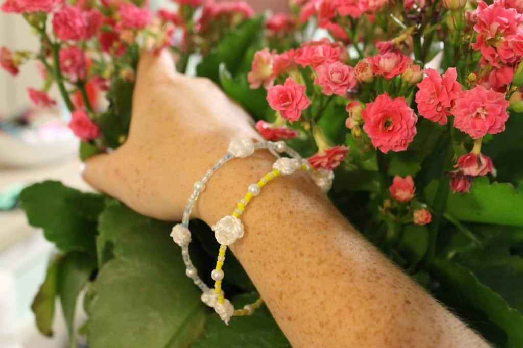 Carolina Girl bracelet in light blue & bright yellow