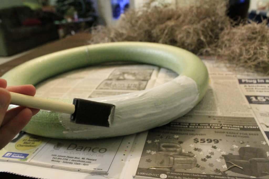 DIY Spanish Moss Coastal Christmas Wreath - Charleston Crafted