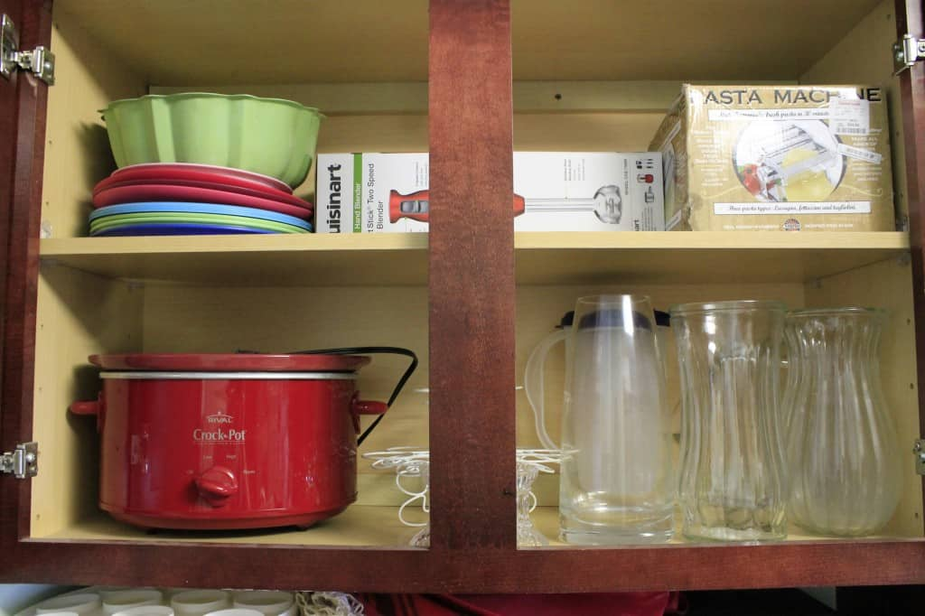 Organizing the Kitchen Cabinets - Charleston Crafted