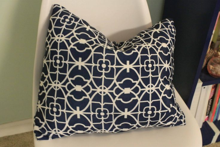 Sewing 101: the Slip-on Pillow Cover