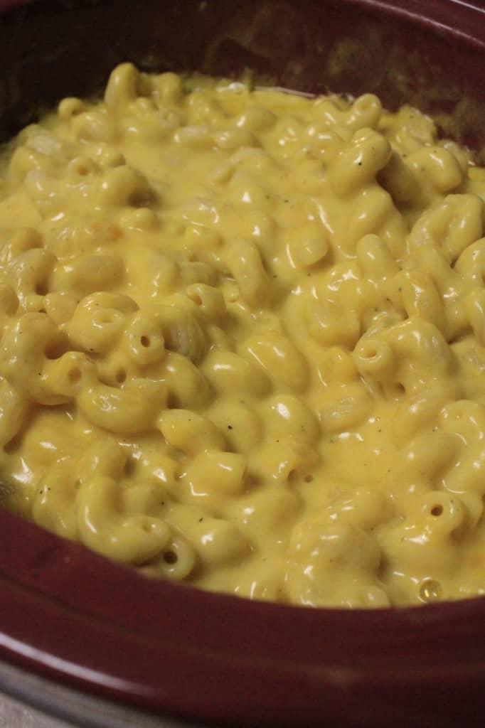 Crock Pot Macaroni and Cheese - Charleston Crafted