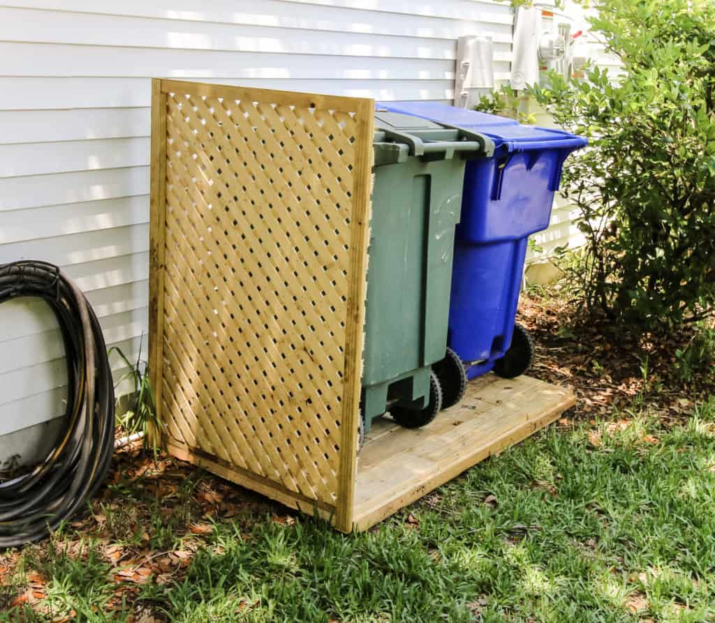 garbage can fence diy
