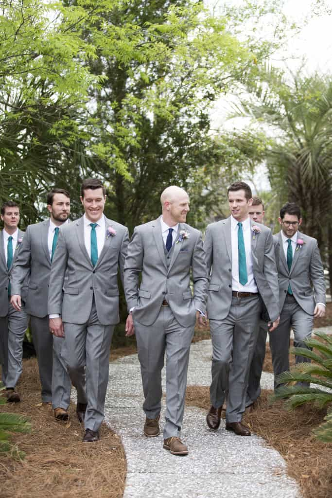 Groomsmen Photos - Charleston Crafted