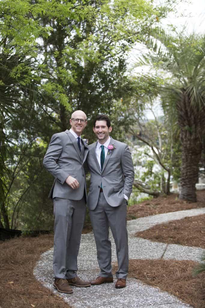 Groomsmen Photos - Charleston Crafted