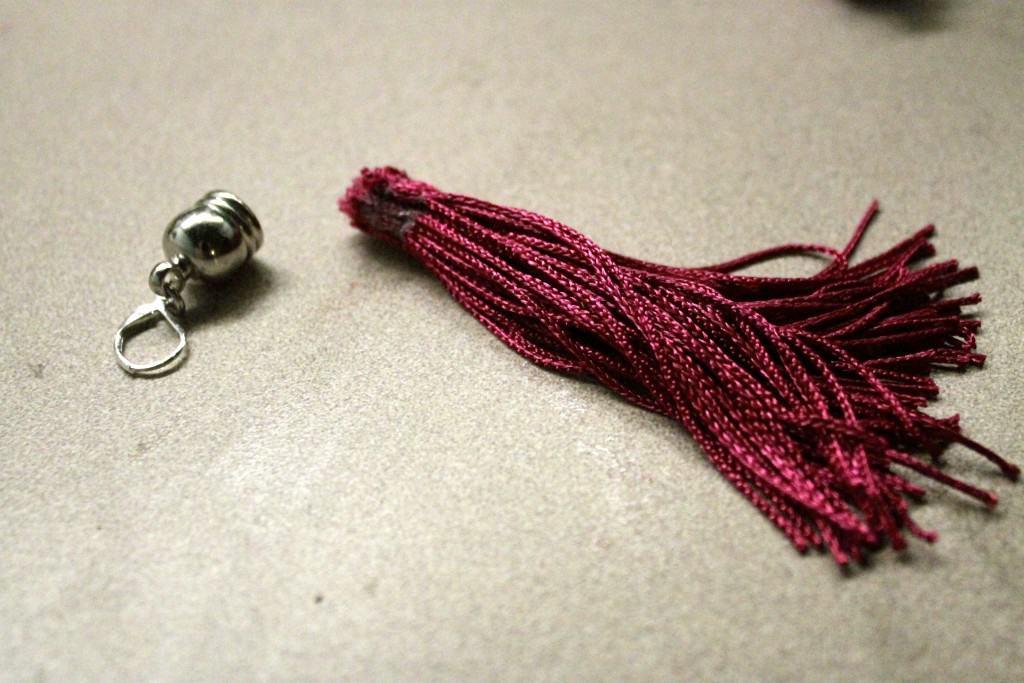 A Simple Homemade Gift Idea: DIY Tassel Earrings - Charleston crafted