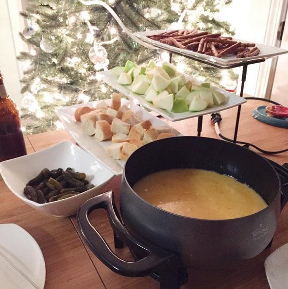 Cheese Fondue - Charleston Crafted