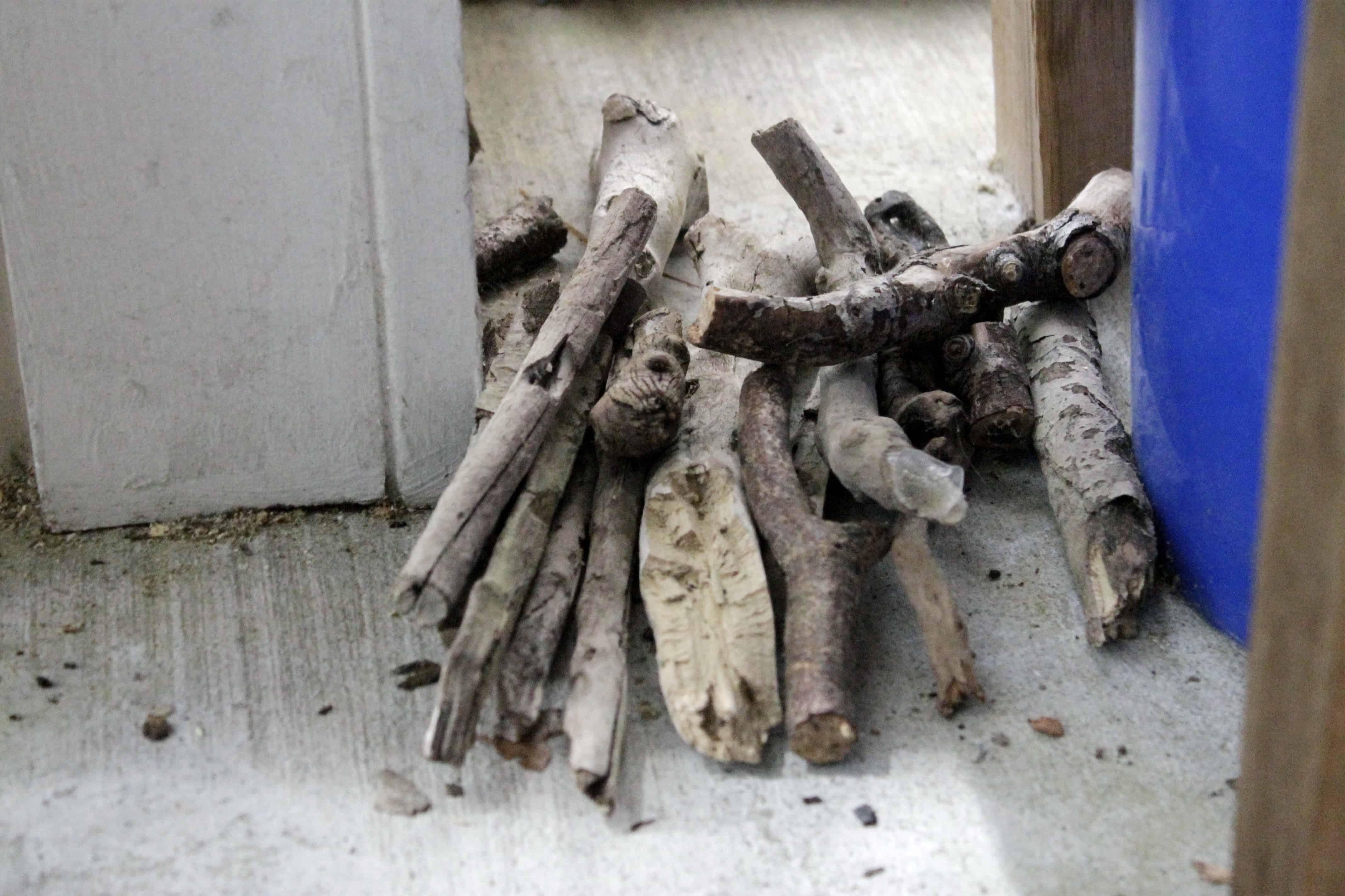 diy driftwood candle centerpiece Driftwood Centerpieces for Weddings Lantern Centerpieces and Driftwood