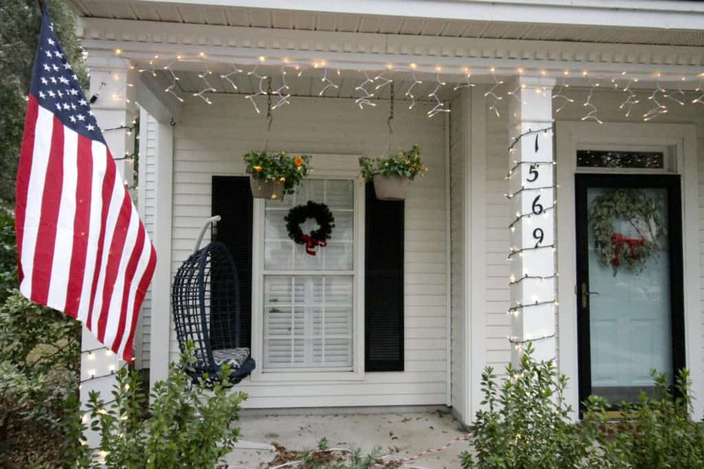 Our Outdoor Holiday Decor 2016 - Charleston Crafted