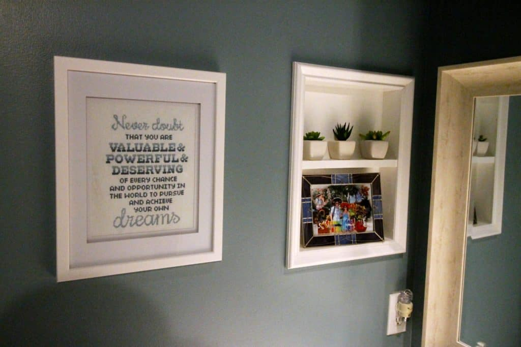 Guest Bathroom Mini-Makeover - Charleston Crafted