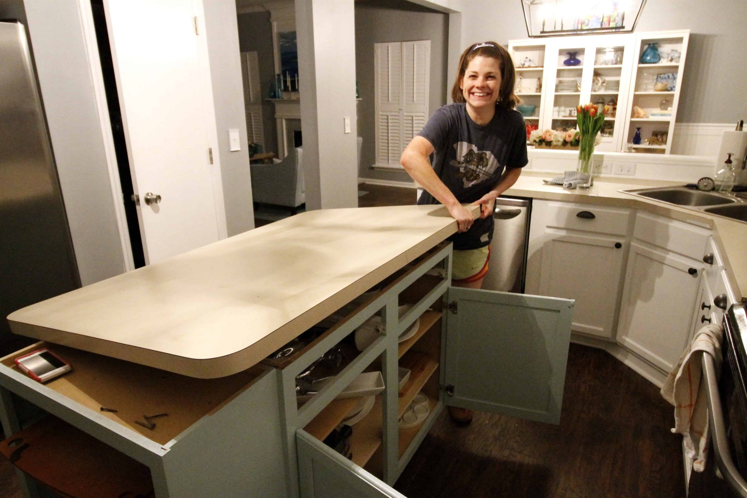 How to Remove Laminate Countertop & Backsplash Without Damaging Cabinets