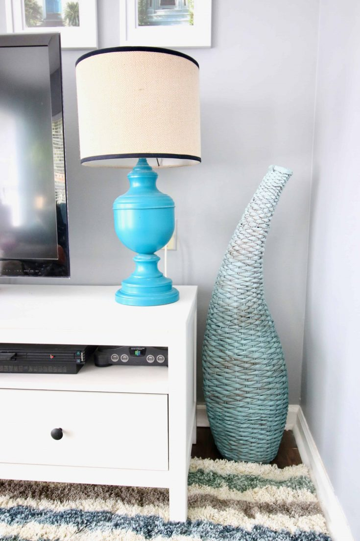 Easy DIY Update: Spray Painted Ombré Blue Basket