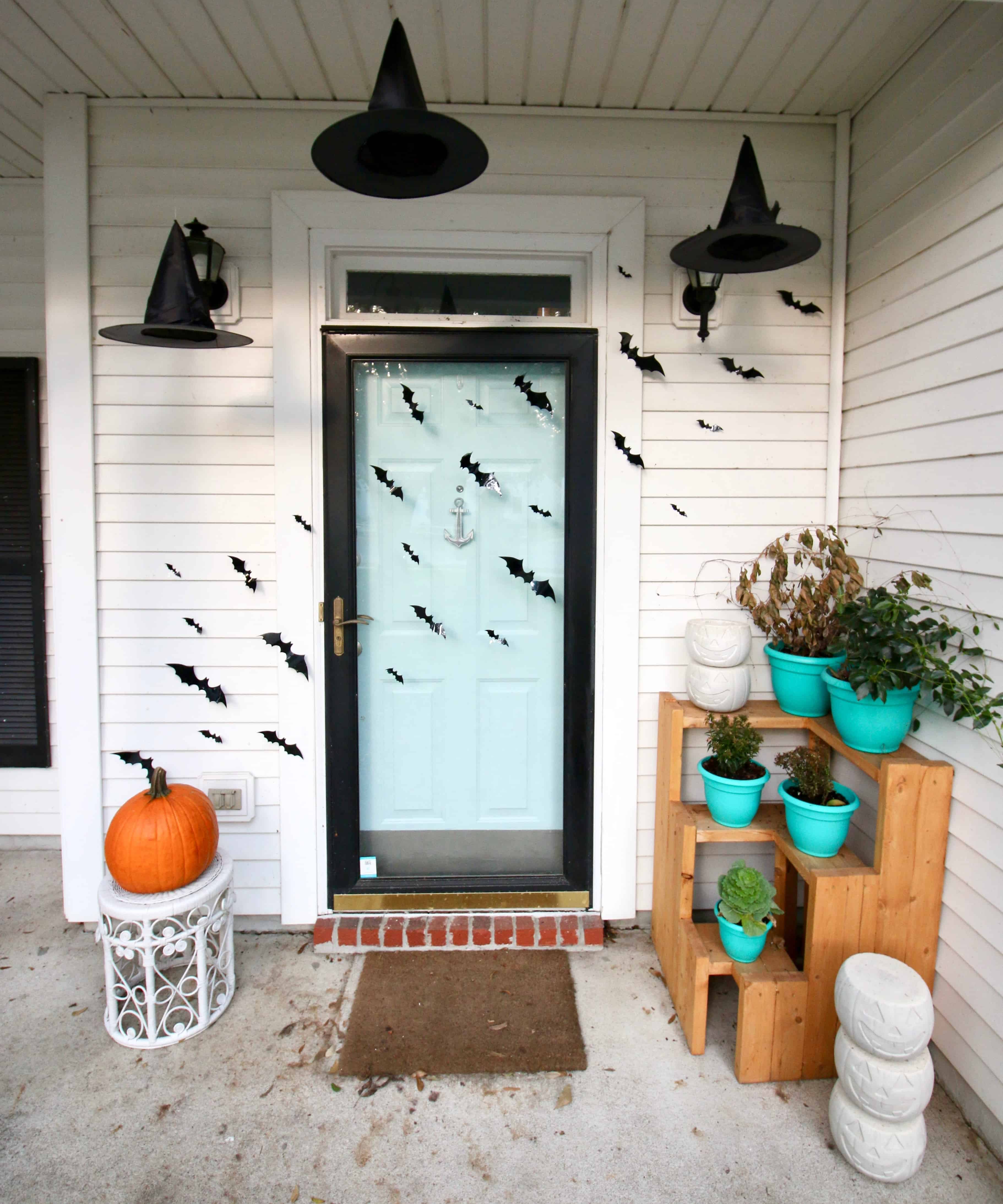Spooky Halloween Porch Decor & A Link Up! • Charleston Crafted
