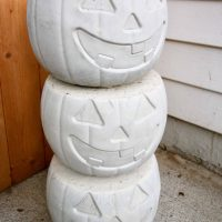 How to make concrete pumpkins