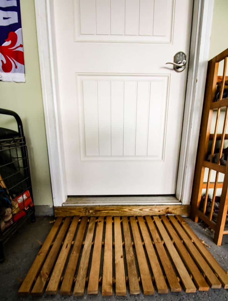 DIY Wooden Door Mat via Charleston Crafted