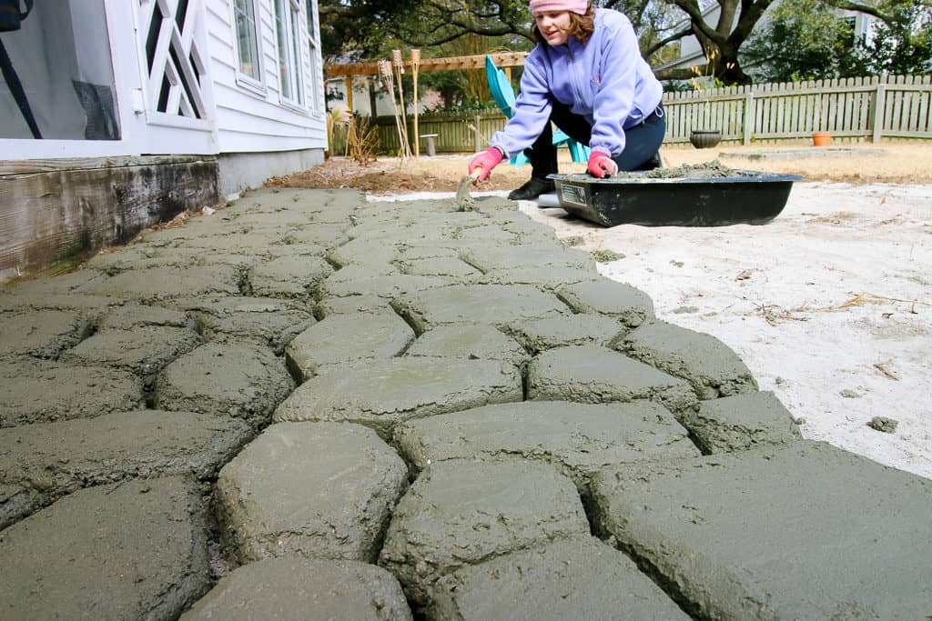 How to make a QUIKRETE WalkMaker stone look concrete patio via Charleston Crafted  sc 1 st  Charleston Crafted & How to make a QUIKRETE WalkMaker patio