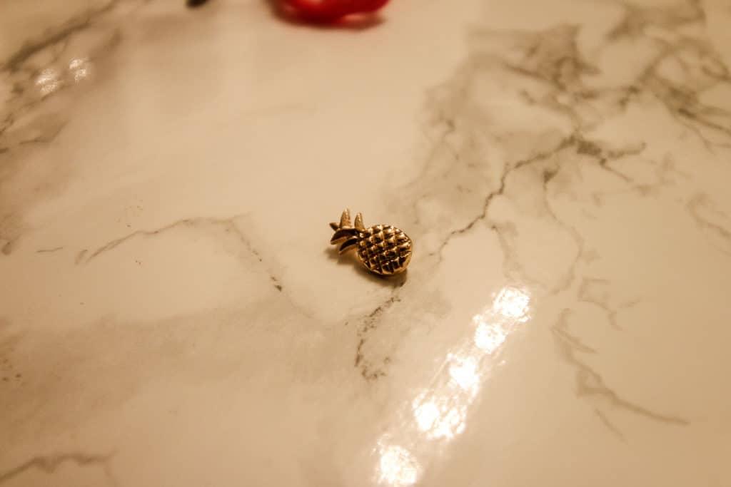 DIY Removable Pineapple Tassel Zipper Pull - Charleston Crafted