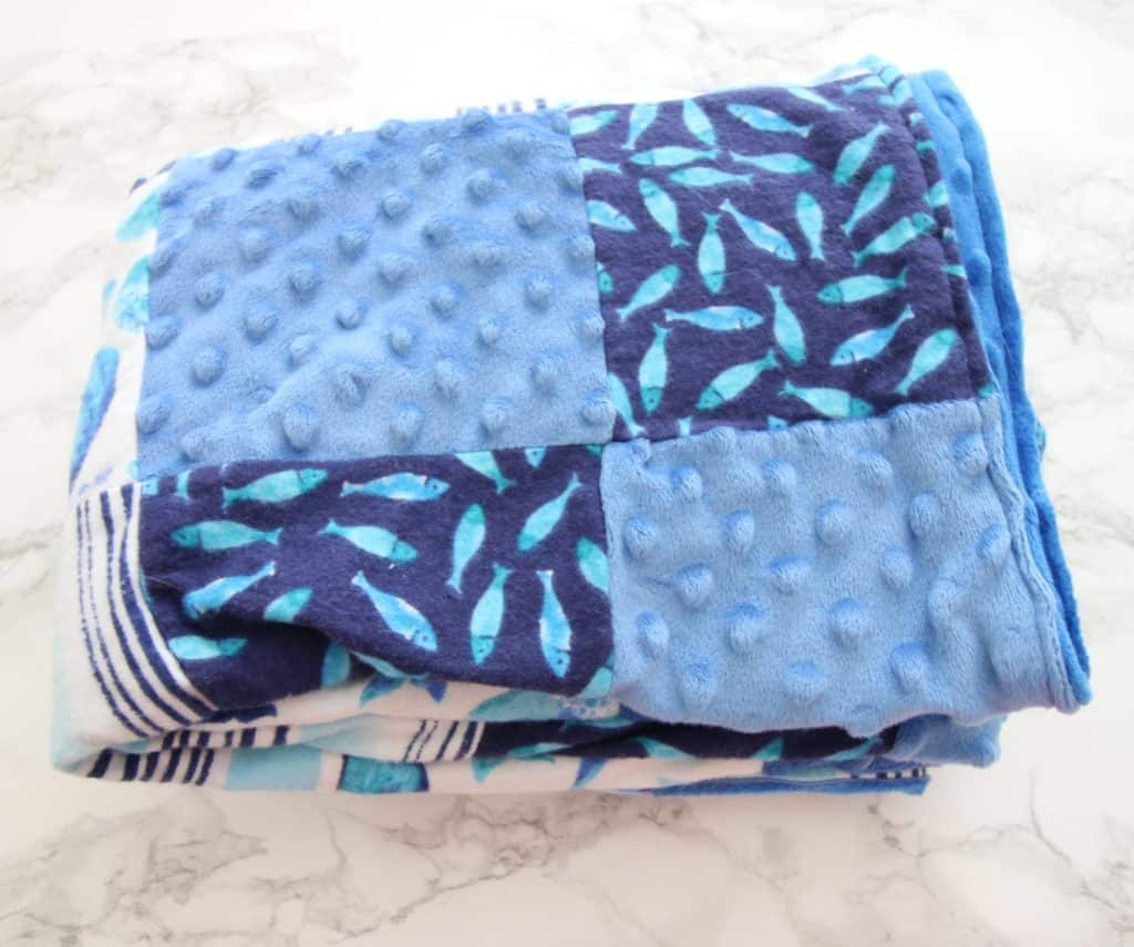 DIY sewing baby blanket minky