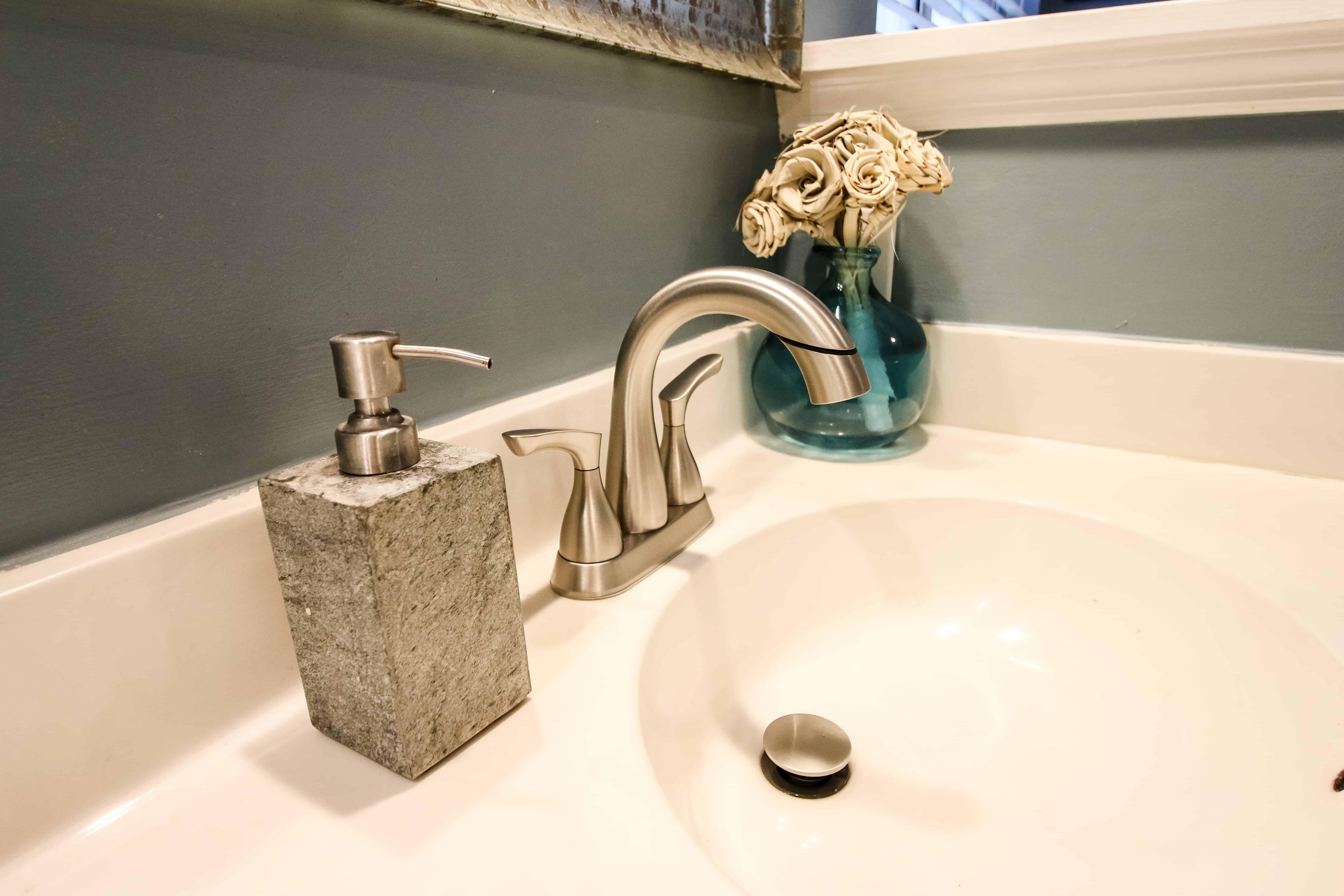 New Delta Broadmoor Faucet