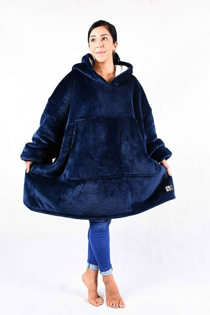 Gifts for people who are always cold - blanket sweatshirt