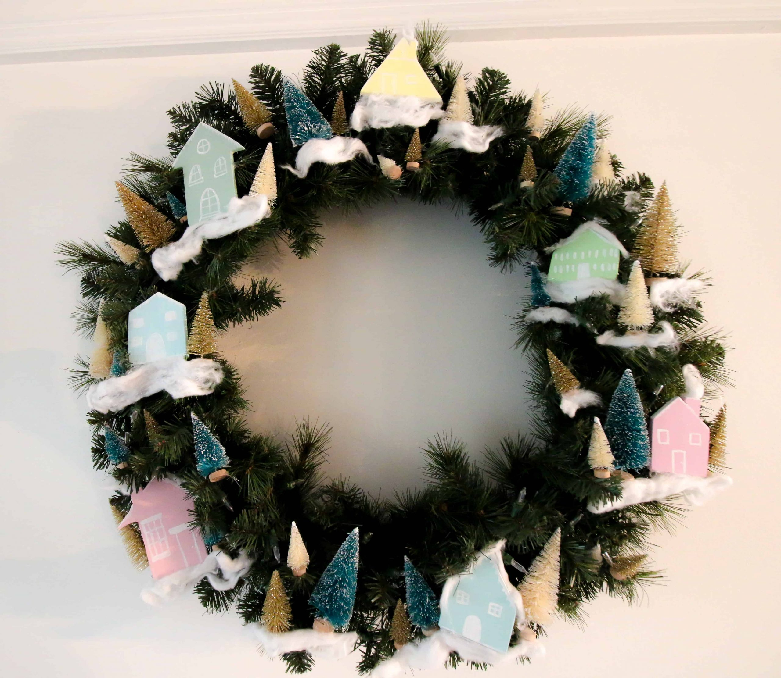 DIY Bottle Brush & Wooden House Christmas Wreath