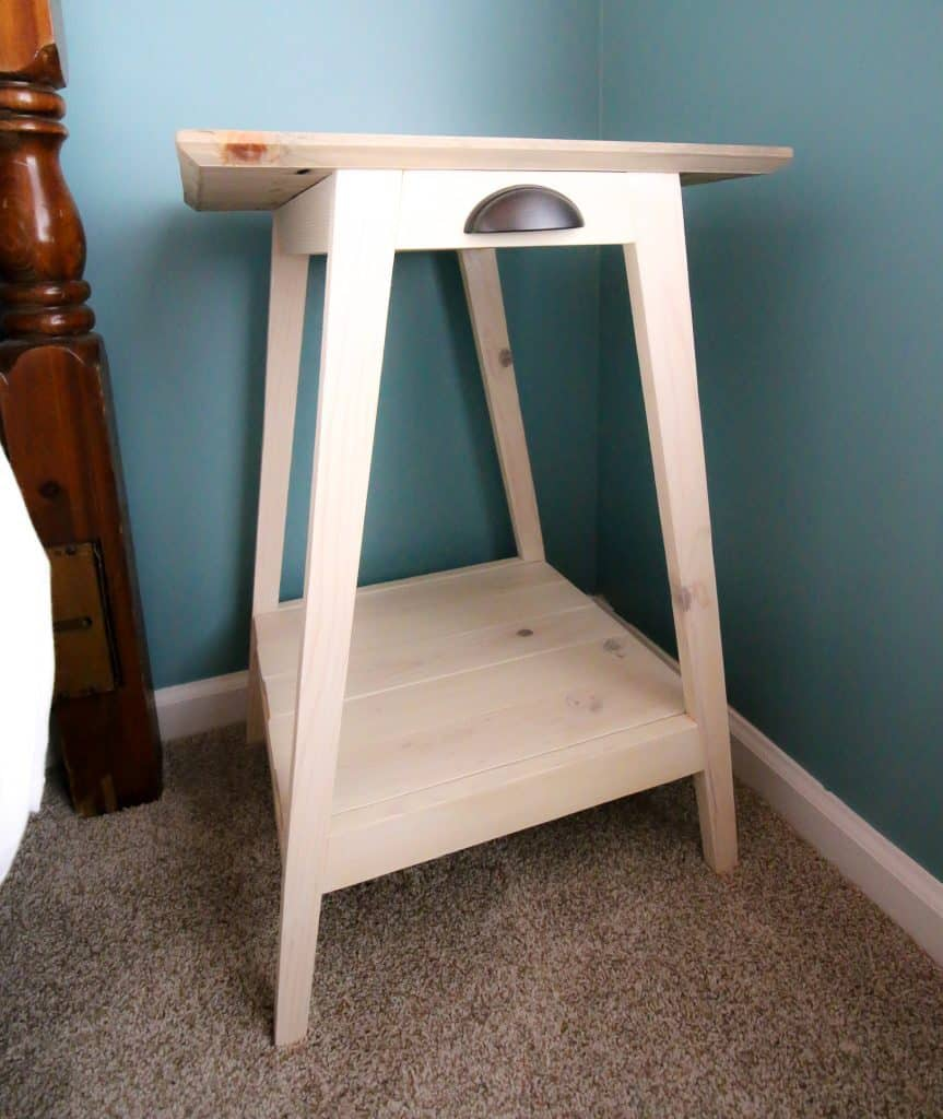 DIY Mid Century Modern Side Table - Charleston Crafted