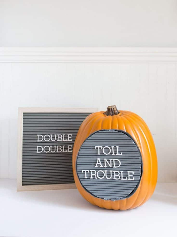 No-Carve DIY Letter Board Pumpkin for Halloween