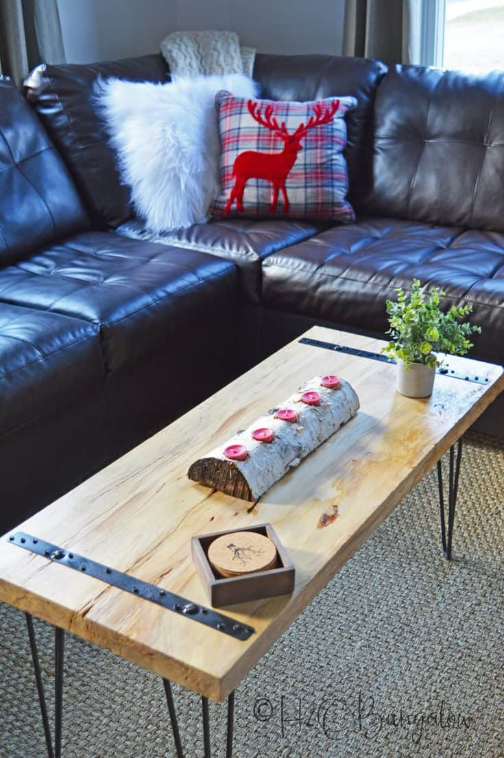 DIY Rustic Coffee Table Tutorial