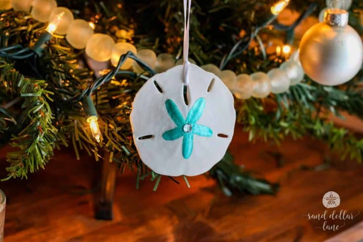 Coastal Christmas Tree (Aqua and White)