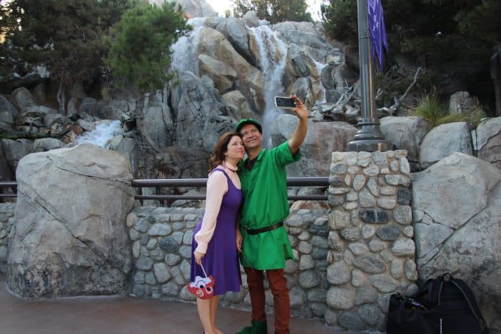 Robin Hood and Maid Marian Costumes - DIY DIsney!