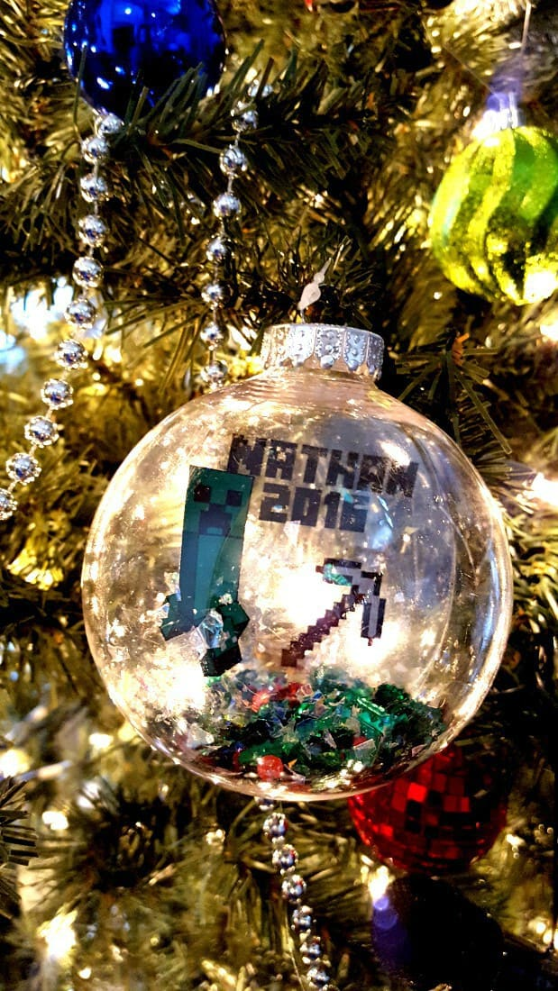 DIY Christmas Ornament to Make for Your Kids Each Year! - Leap of Faith Crafting