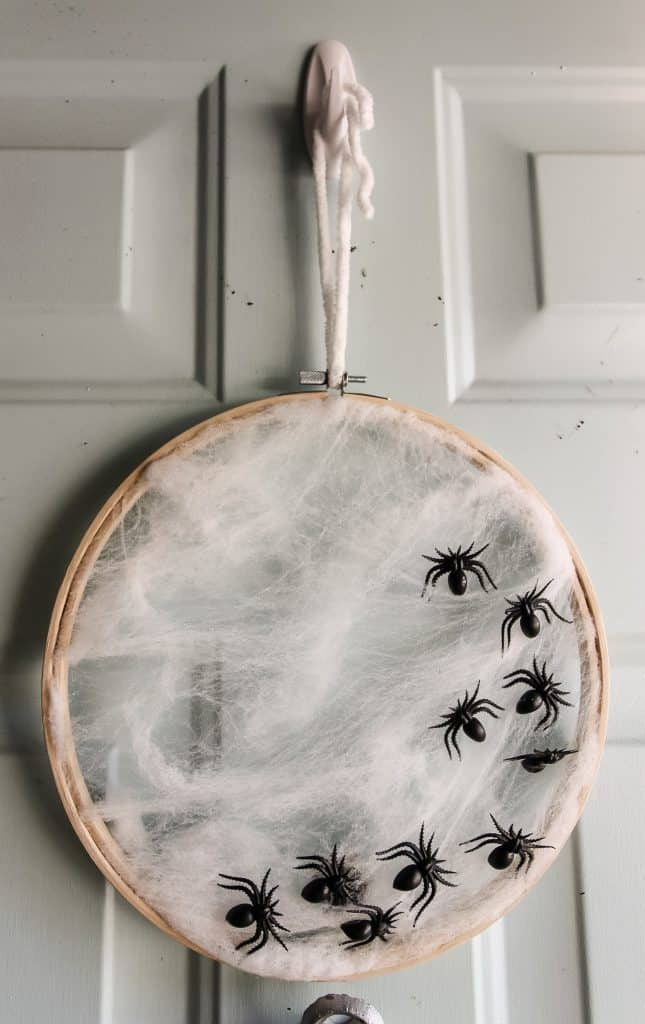 How to Make an Embroidery Hoop Spiderweb Wreath