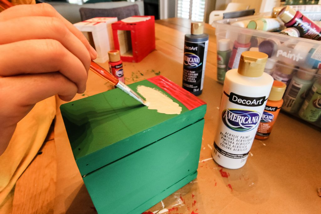 Painting a Silverware Caddy with Deco Art Paints