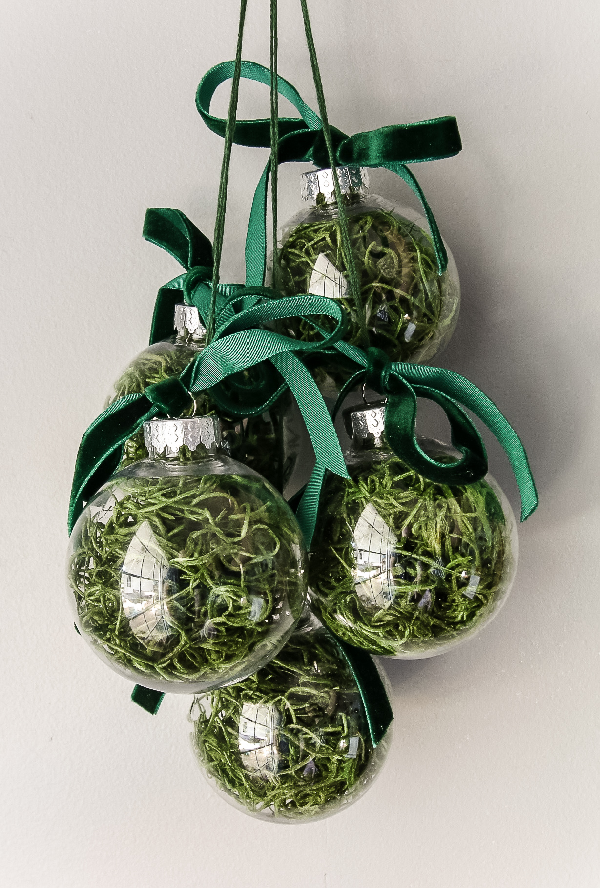 DIY moss ball Christmas ornaments