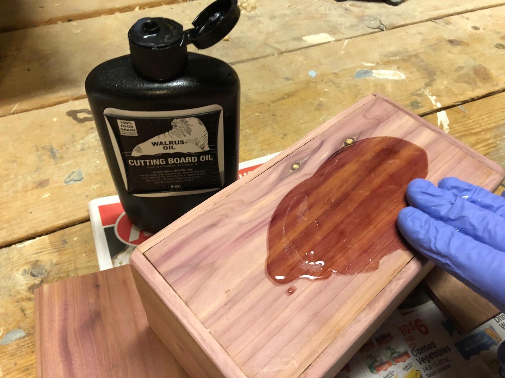 Oiling magic tissue box