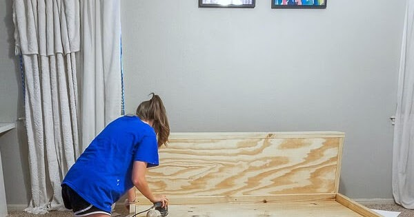 How to Build a Modern Platform Bed for $125!