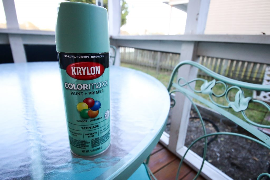 The best way to paint metal patio furniture