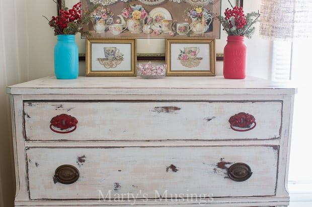 Chalk Painted Dresser: Trash to Treasure Transformation!
