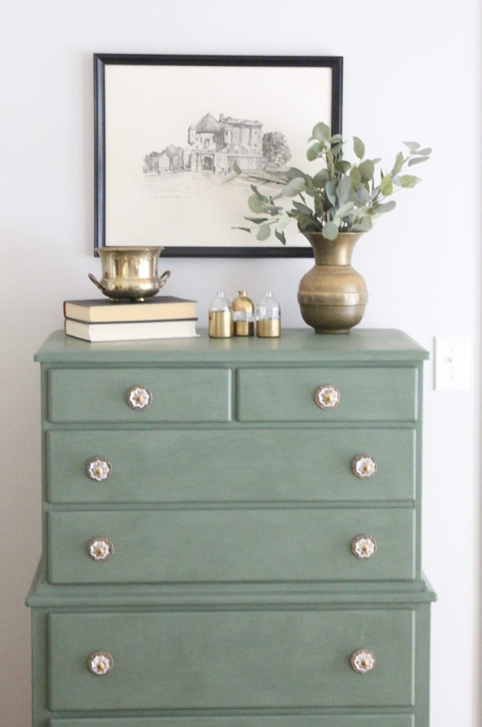 Green Painted Dresser for a Brand New Look