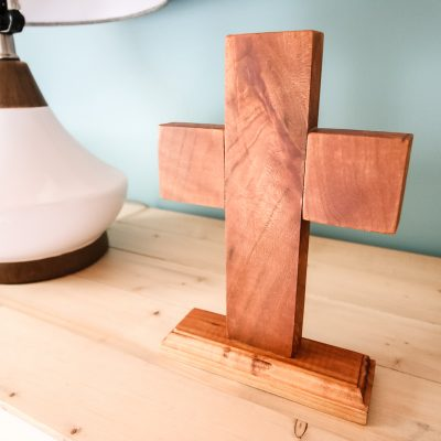 Simple wooden cross gift idea - Charleston Crafted