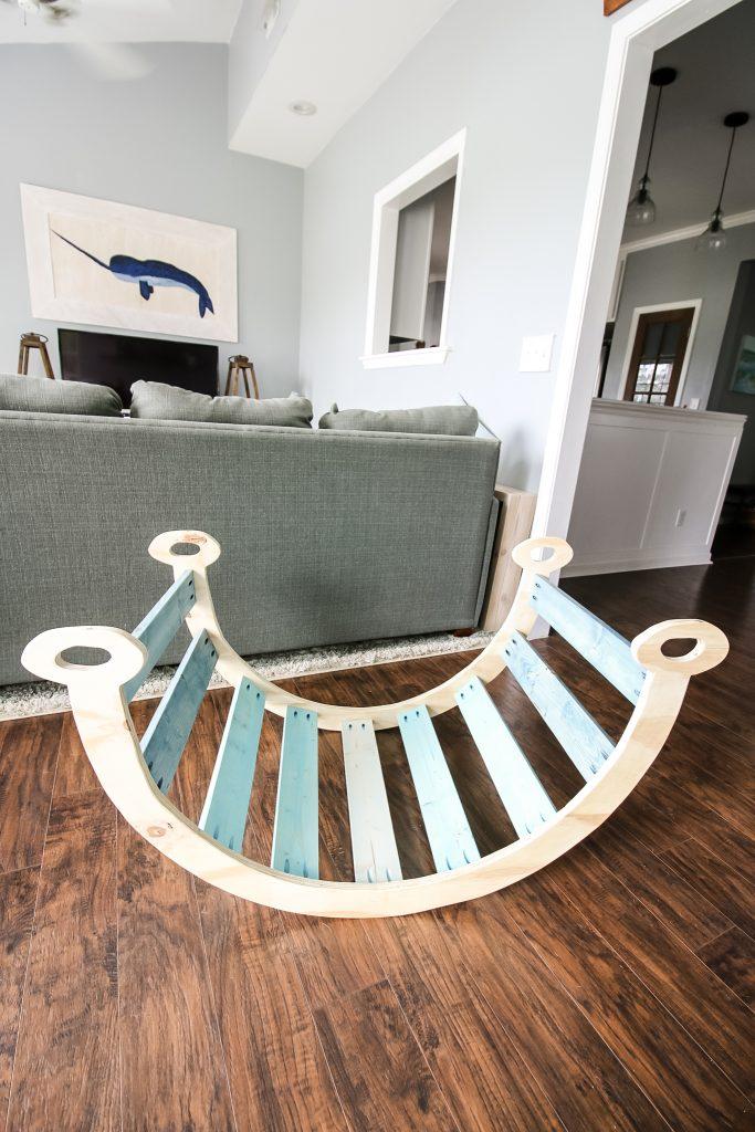 Pikler rocking arch