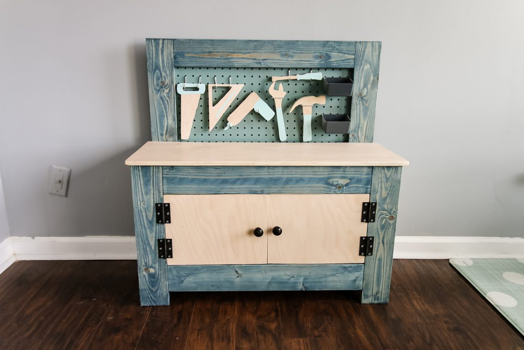 DIY toddler workbench plans - Charleston Crafted