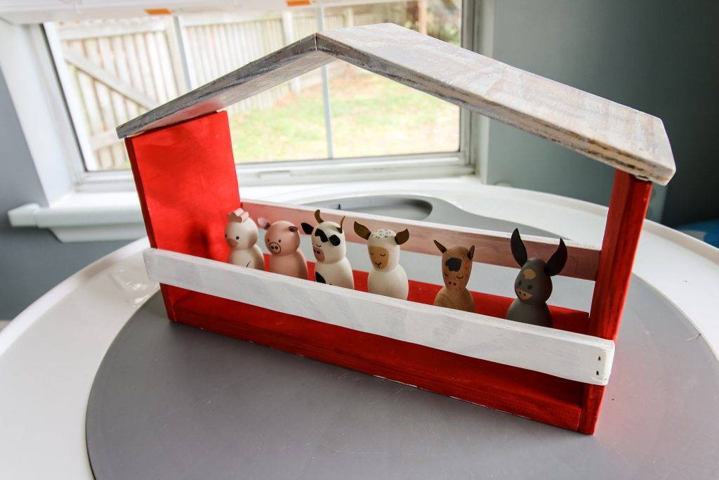 Grange de jouets en bois bricolage - Charleston Crafted