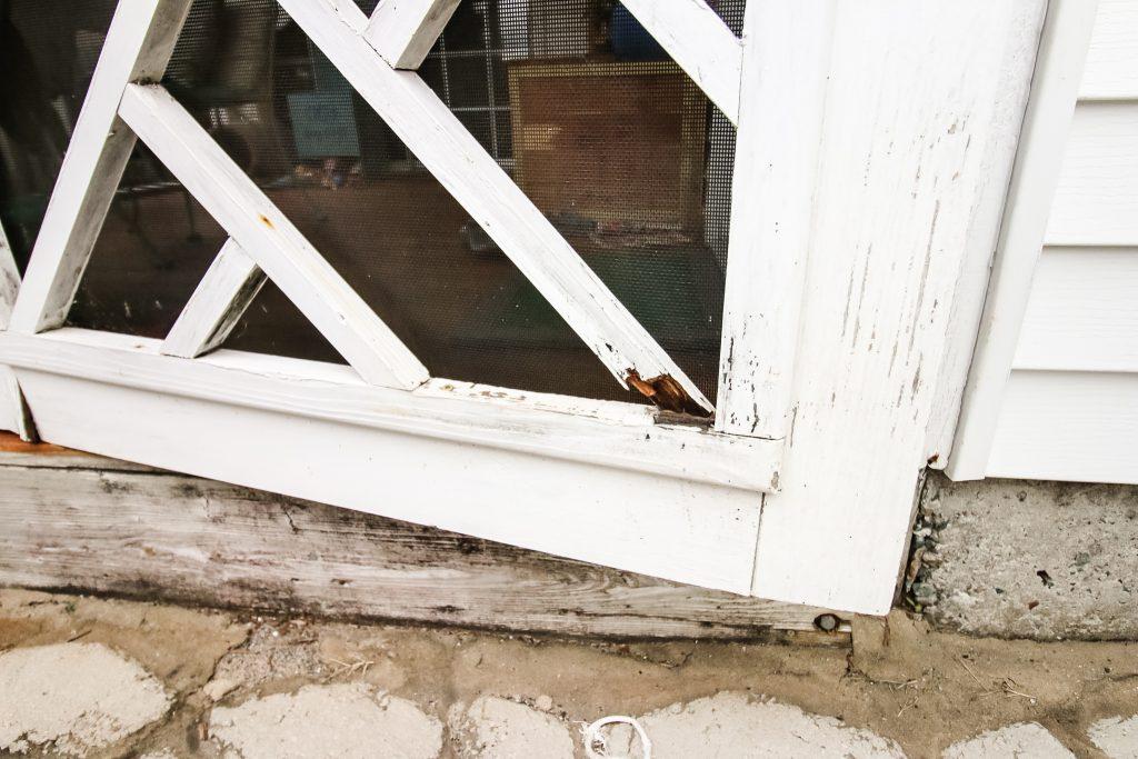 Dry rot on door frame