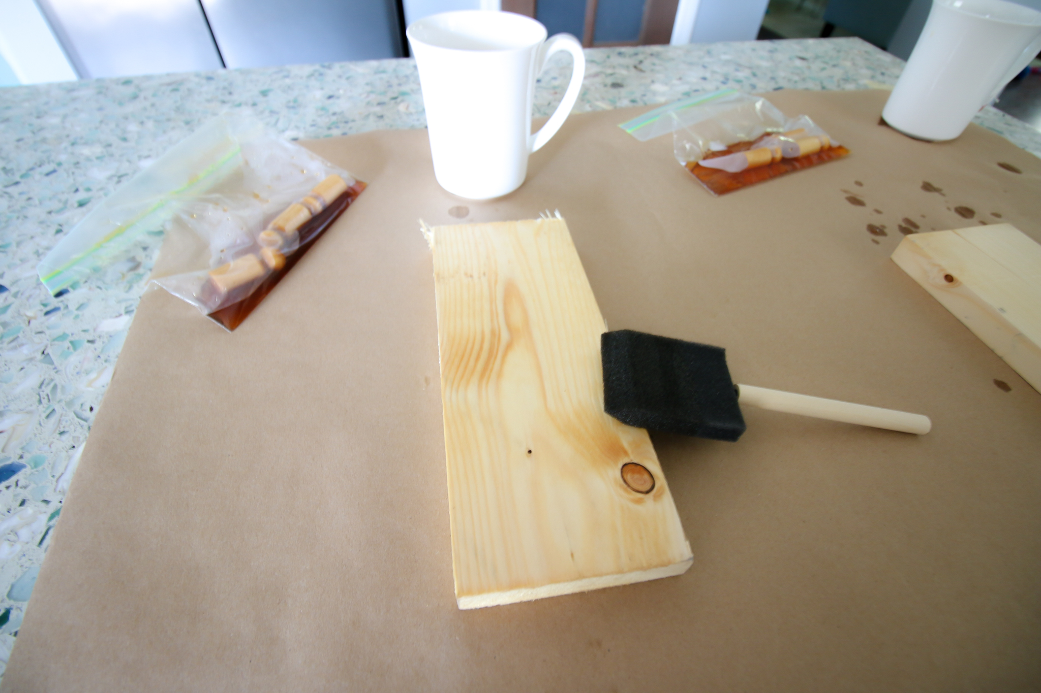 how to apply coffee stain to wood