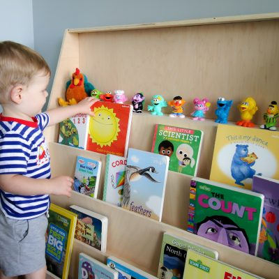 Front Facing Bookshelves for your Montessori Playroom