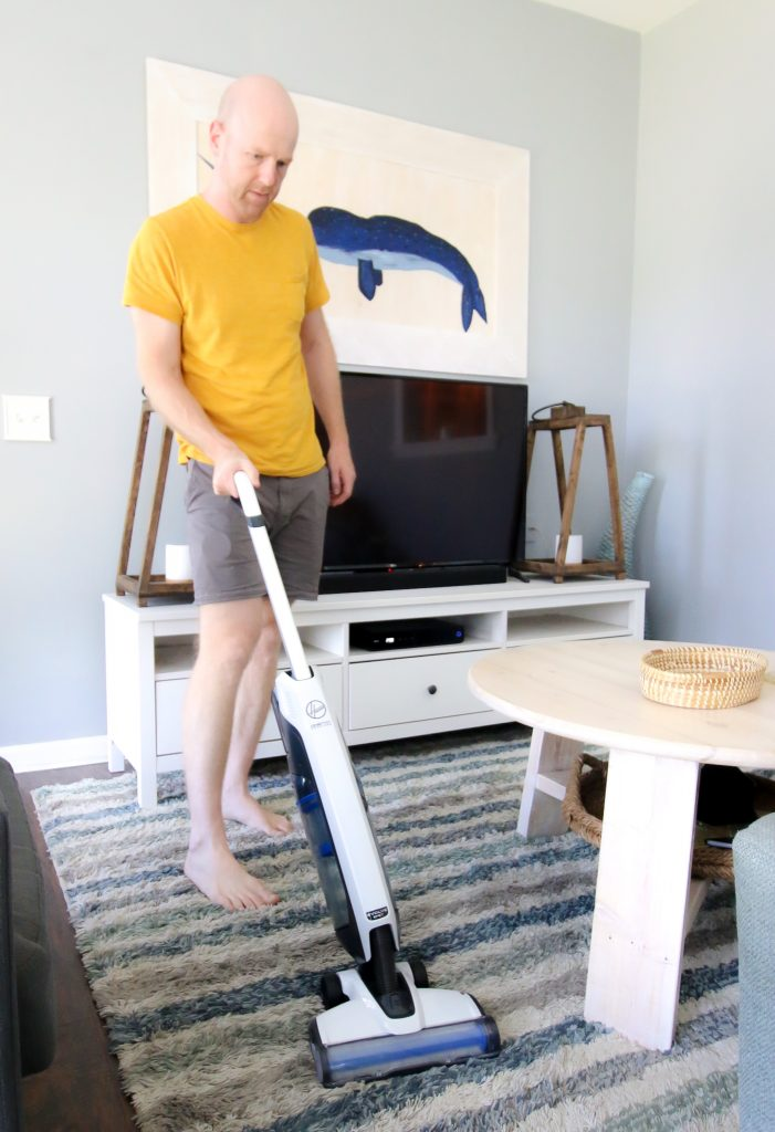 Vacuuming with Hoover Evolve Pet