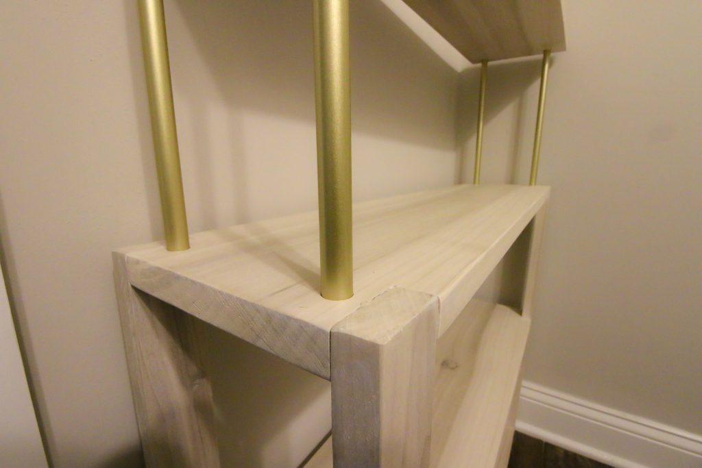 Down rods in top shelf