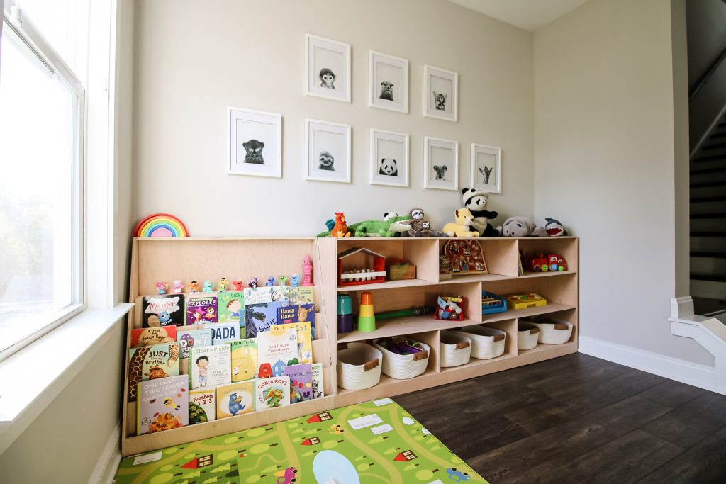 Montessori toy shelf and bookshelf