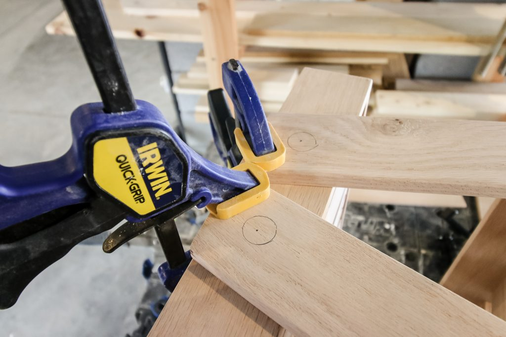 Dowel joinery for wooden tray